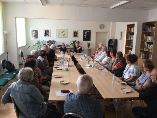Diskussion Rigaer Straße1