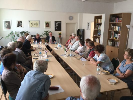 Diskussion Rigaer Straße2